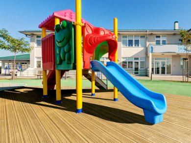 LastaGrip-Golden-Oak-Playground