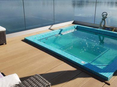 Golden-Oak-Pool-Lake