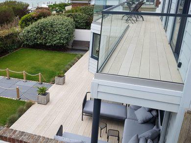 Residential-Balcony-Decking-Smoked-Oak